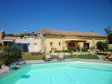 Boutique gite, 2 en suite bedrooms,  pool and hot tub, near Carcassonne (A Sulana)
