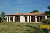 3 Bedroom Villa Style Bungalow With Large Patio And Peaceful Garden