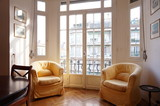Classic French Two Bed apartment in Nice